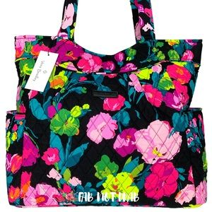 🆕 Vera Bradley Pleated Tote Bag